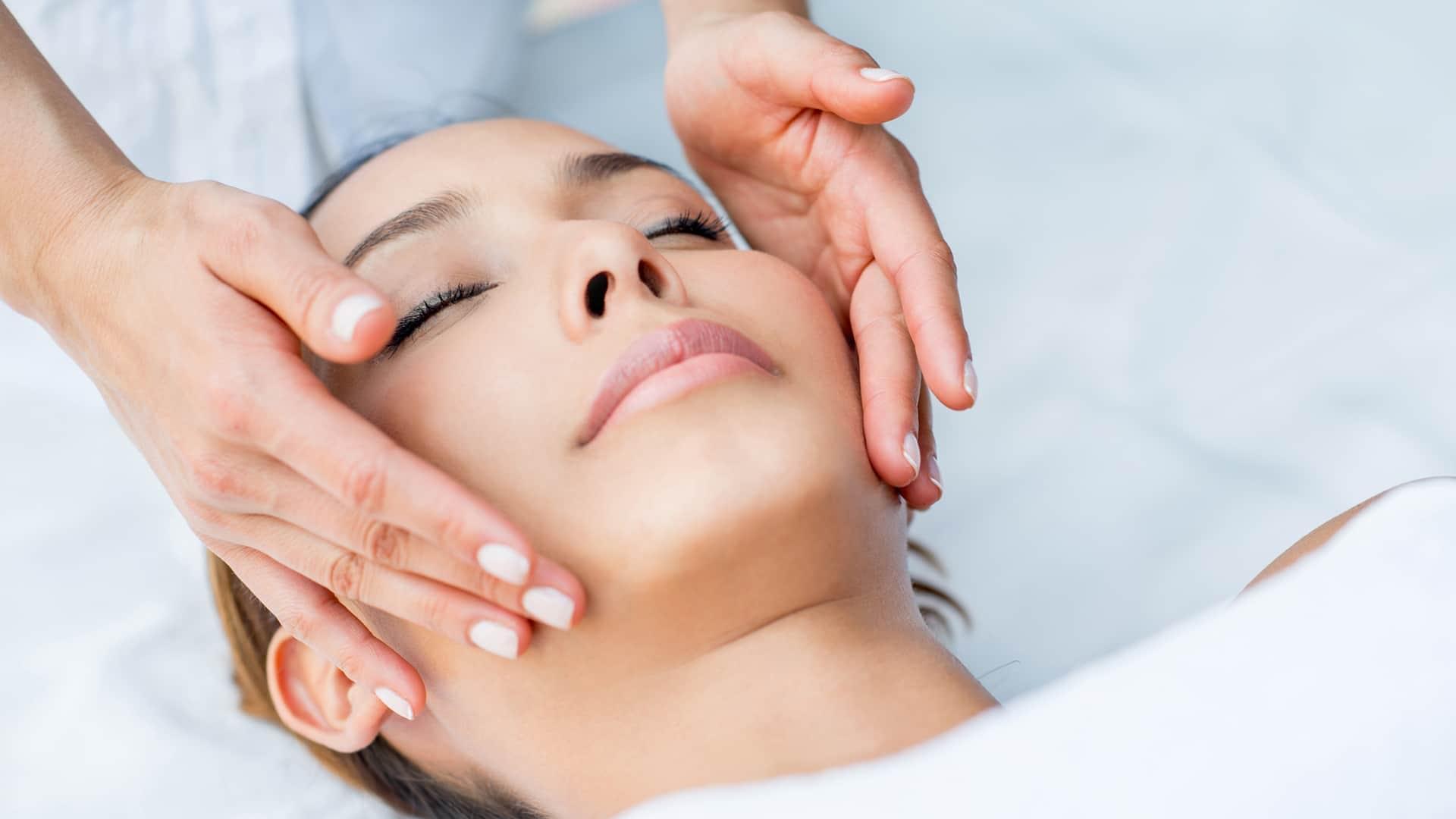 Pro Club Spa Salon Advanced Skin Care